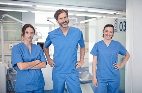 dentistas en reus equipo